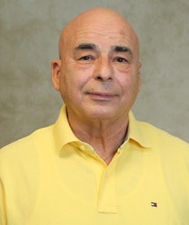 Photo of Faculty, Rudolph Bustos